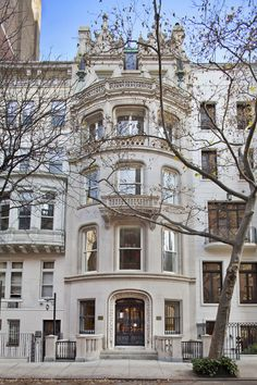 This exquisite townhouse mansion in the Upper East Side, NYC. Shame it's $48 mil...
