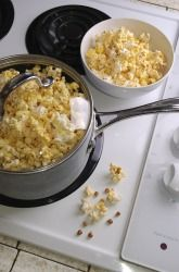 How does popcorn pop? A fun take-home experiment for students!