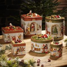 Buy Villeroy & Boch Christmas Toys at Porzellantreff. Christmas China, Christmas Dishes, Christmas Figurines, Christmas Tablescapes, Christmas Toys, All Things Christmas, Winter Christmas, Vintage Christmas, Merry Christmas