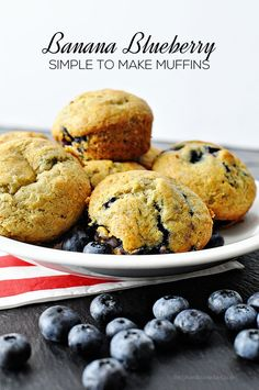 Banana Blueberry Muffins -these are so good.  And super easy to make!: Easy breakfast recipe on www.thirtyhandmadedays.com