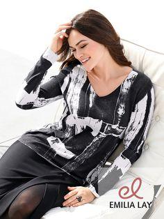 Für schicke und lässige Tage: Der V-Pullover von Emilia Lay!