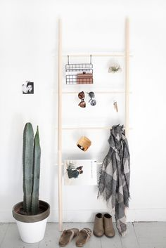 DIY Dowel Ladder @th