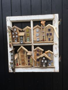 Old windovs art with driftwood Drivtømmer og glas