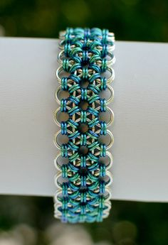 Mediterranean Japanese Lace Micro-Maille Bracelet – Daisies Chain