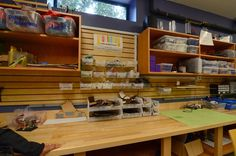 Teaching Science in the 21st Century: School Make/Innovation Spaces