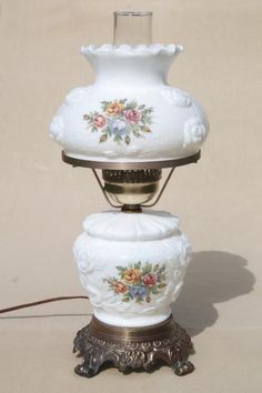 3f541d671 vintage Fenton milk glass lamp, puffy rose w/ roses lampshade & lighted base