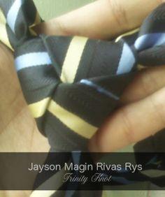 Guest Gentlemen : Jayson Magin Rivas Rys, 17 from Honduras Trinity Knot, Honduras, Gentleman, Knots, Brides, Diy, Bricolage, Gentleman Style, Wedding Bride
