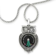 Origami Owl is a leading custom jewelry company known for telling stories through our signature Living Lockets, personalized charms, and other products. Origami Owl Charms, Origami Owl Lockets, Origami Owl Jewelry, I Love Jewelry, Jewelry Design, Enchanted Jewelry, Origami Love, Christmas Origami, Custom Jewelry