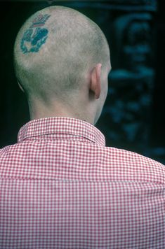 Derek Ridgers' collection of skinhead photos captures youth culture gone mad. Skinhead Men, Skinhead Boots, Skinhead Fashion, Ben Sherman, National Front, Youth Culture, Interesting Faces, Punk Rock, Singing