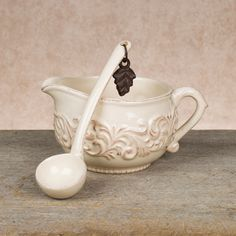 GG Collection Sauce Boat With Ladle Item # 92617 #GGCollection