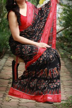 Sambalpuri Saree, Handloom Saree, Silk Sarees, Lace Saree, Red Saree, Saris, Cotton Saree Designs, Saree Blouse Designs, Salwar Designs