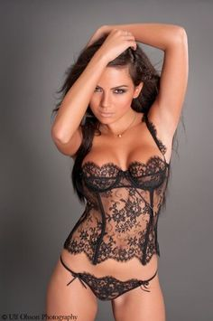 Sexy Black lingerie. Want..!