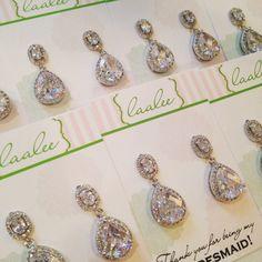 Large Two Tiered Teardrop Crystal CZ Earrings  Silver por laalee