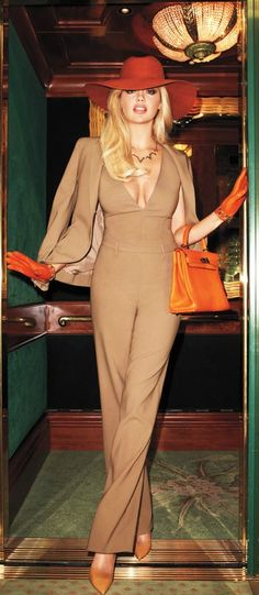Kate Upton in Harper's Bazaar - jacket and jumpsuit YSL, bag Hermes, shoes Manolo Blahnik - photographer Terry Richardson Beauty And Fashion, Look Fashion, Passion For Fashion, High Fashion, Womens Fashion, Fashion Trends, Fashion Shoot, Fashion Models, 70s Fashion