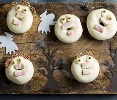 Scary Donuts: Just a few ingredients and some ALLEN'S Teeth and you can have these impressively delicious treats. http://www.bakers-corner.com.au/recipes/allens/scary-donuts/