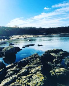 """The """"Secret"""" Beach at Penrhos Coastal Park / Nature Reserve, Anglesey Best Uk Beaches, British Beaches, Anglesey, North Wales, Holidays With Kids, Nature Reserve, Days Out, Family Travel, Seaside"""