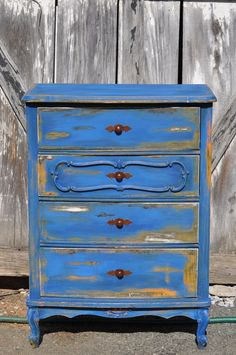 Blue Distressed Dresser @ Rustic Urban  http://rusticurban.blogspot.com/2012/03/blue-distressed-dresser.html