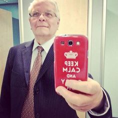 The bathroom mirror selfie shot doesn't seem to be cutting it on LinkedIn anymore.