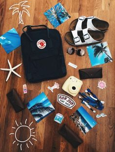 Things you must have to be the ultimate vsco girl! Things you must have to be the ultimate vsco girl! Mochila Kanken, Kanken Backpack, Ron Jon Surf Shop, Vsco Pictures, Vsco Pics, Bff Pictures, Summer Pictures, Summer Goals, Summer Aesthetic