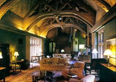 Anderson Hall, dorm designed by Bernard Maybeck. Craftsman Interior, Interior And Exterior, Interior Ideas, Dorm Design, Arts And Crafts House, Art And Craft Design, Historical Architecture, Arts And Crafts Movement, Built Environment