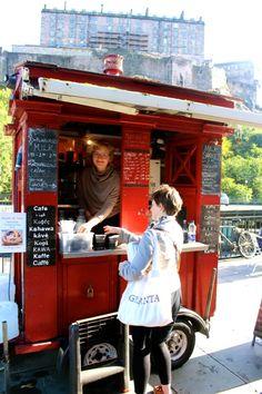 Coffee at Farmer's Market Edinburgh