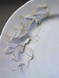 Caroline Slotte/ White Rose, detail. Reworked ceramic ready-made, 2003. Ø: 25 cm.