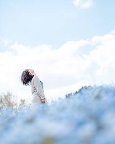 이미지: 사람 1명 이상, 하늘, 구름, 실외, 자연 Film Photography, Creative Photography, Tokyo Japan Travel, Japan Japan, Japan Honeymoon, Wall Of Sound, Japanese Photography, Cute Japanese Girl, Film Inspiration