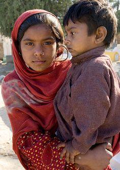 Children from Leiah, Pakistan. The Roma?