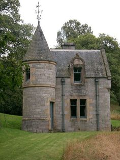 """The second part of my castle home, attached to the main home via a second level, traditional """"gate bridge""""...to include an artist's studio, guest room and library/reading room  :)"""