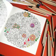 Colorear siempre está bien  #pencils #painting #flores #colores #colors #FlorenceLivres #mandalasart
