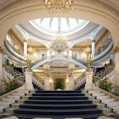 Palace Interior, Mansion Interior, Dream House Interior, Luxury Homes Dream Houses, Luxury Homes Interior, Dream Home Design, Luxury Home Decor, Home Interior Design, Modern Interior