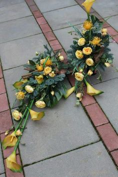 This unique photo is absolutely a stunning design philosophy. Grave Flowers, Cemetery Flowers, Church Flowers, Funeral Flowers, Church Flower Arrangements, Floral Arrangements, Grave Decorations, Sympathy Flowers, Black Flowers