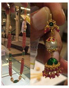 Beaded Jewelry Designs, Gold Earrings Designs, Gold Jewellery Design, Bead Jewellery, India Jewelry, Jewelry Patterns, Gold Jewelry, Gold Designs, Jewellery Shops