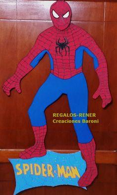 Hombre araña en goma eva 90 cm