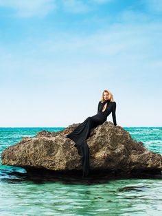 Kate Moss #katemoss #editorial #ocean #blackgown #fashion