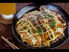 How to Make Hiroshima Okonomiyaki (Recipe) 広島風お好み焼きの作り方(レシピ) - One you could actually make outside of Japan!