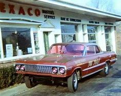 History - Drag cars in motion. Mercury Cars, Drag Bike, Old Gas Stations, Nostalgia, Vintage Race Car, Drag Cars, Chevrolet Impala, Car Humor, Station Wagon
