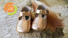 4df58fe39392 Livie   Luca Fall 16 Cora Gold Baby Shoes