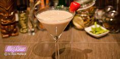 P.S. I LOVE YOU Gęsty deser z rumowym kopem: rum złoty - 10ml, irish cream - 20ml, likier migdałowy - 20ml, likier kawowy - 10ml, śmietanka - 20ml  Przepisy na drinki znajdziesz na: http://mojbar.pl/przepisy.htm