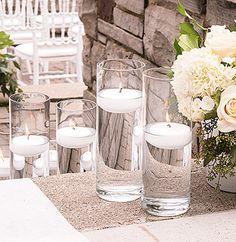 Vase verre droit cylindrique - Utilisez ces grands vases pour laisser flotter quelques bougies et agrémenter avec délicatesse votre décoration de mariage ! Possibilité également de les utiliser en tant que vases pour mettre en valeur vos fleurs... http://www.mariage.fr/shop/le-vase-en-verre-droit-cylindrique-haut--25-cm-luxe-mariage-decoration-de-table-mariage.htm