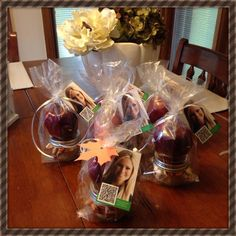 My Fall client and vendor pop-by gifts. Homemade caramel dip and apples!