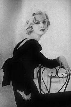 Sunny Harnett in Vogue, August 1956