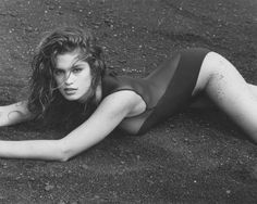 Cindy Crawford, by Herb Ritts. Exhibited by Hamiltons in London, U.K. - Herb Ritts