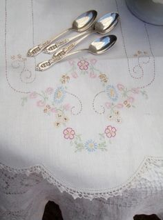 I love vintage needlework, this is perfect!