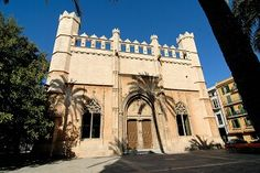 Palma gótica   Itinerarios Históricos en las Islas Baleares Notre Dame, Mansions, House Styles, Building, Travel, Decor, Balearic Islands, Palmas, Majorca