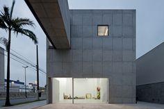 New Leme Gallery / Paulo Mendes da Rocha + Metro Arquitetos