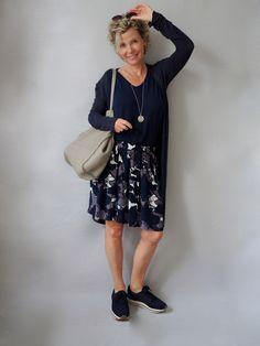 purchase cheap 59e55 ab7cc sportliches Sommerkleid | Outfit | Sportliche kleider ...