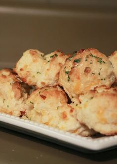 My Pretties: Red Lobster's Cheddar Bay Biscuits a la My Pretties