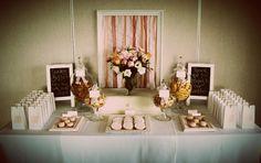 Mesa de chá e lembrancinhas