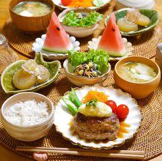 画像に含まれている可能性があるもの:食べ物 Chinese Food, Japanese Food, Breakfast Lunch Dinner, Dinner Sets, Bento, Takagi, Side Dishes, Clean Eating, Food And Drink